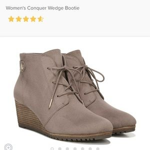 Dr.Scholls Conquer taupe grey suede laceup booties